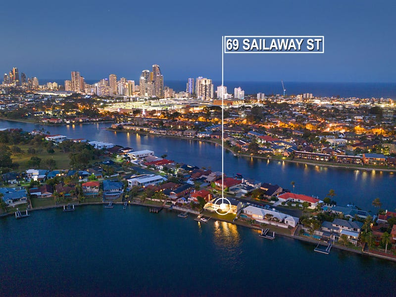 69 Sailaway Street, Mermaid Waters, Qld 4218