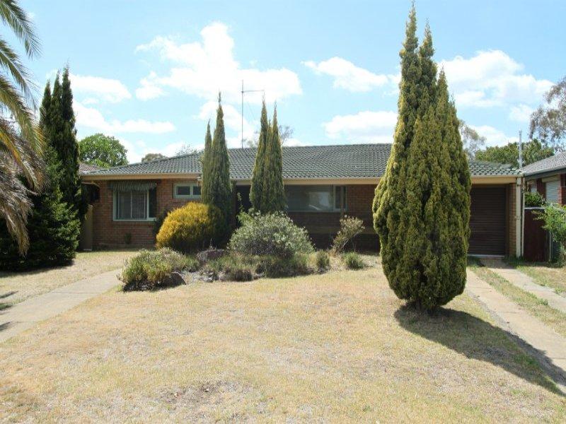 11 Osborne Avenue, Bathurst, NSW 2795
