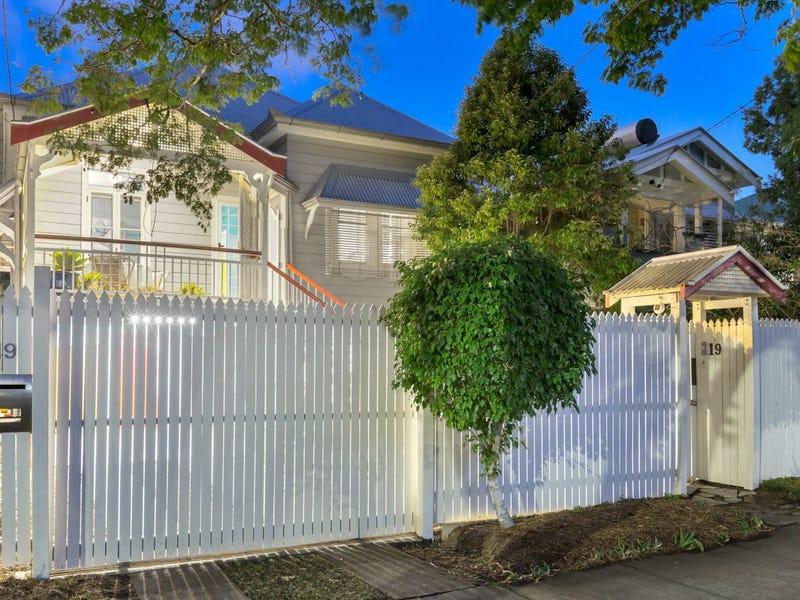 19 Lindon Street, Dutton Park, Qld 4102