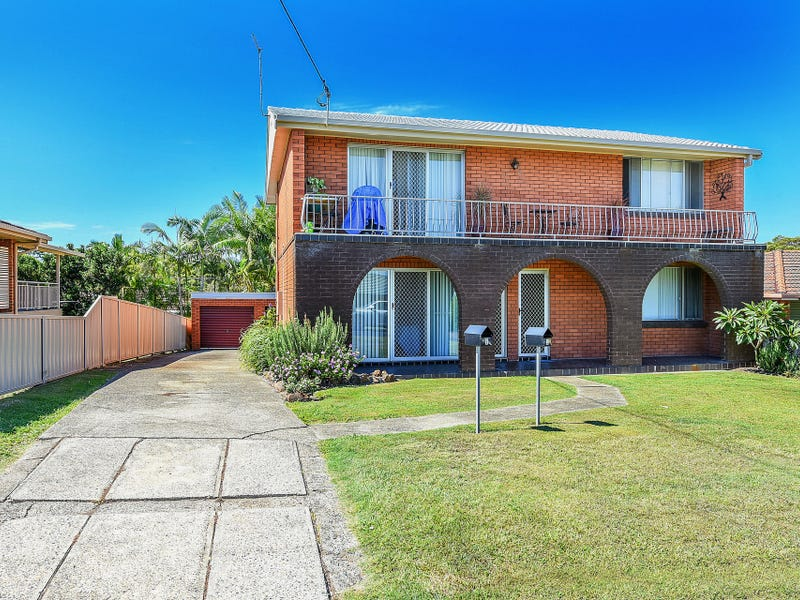 1&2/4 Mermaid Crescent, Port Macquarie, NSW 2444