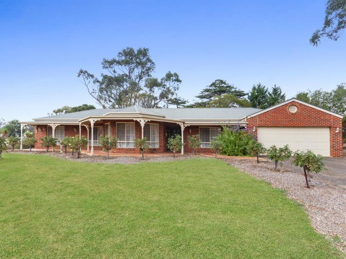 84 Gavan Street, Broadford, Vic 3658