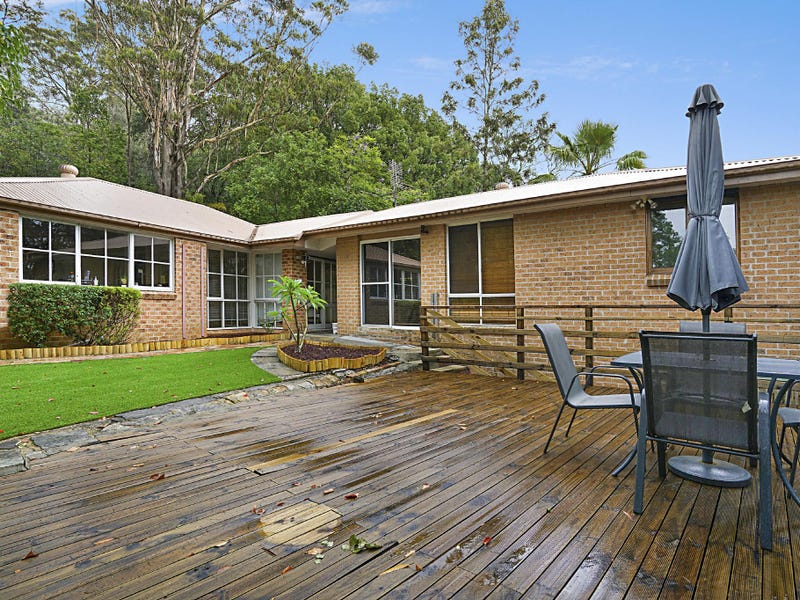 13 Dog Trap Rd, Ourimbah