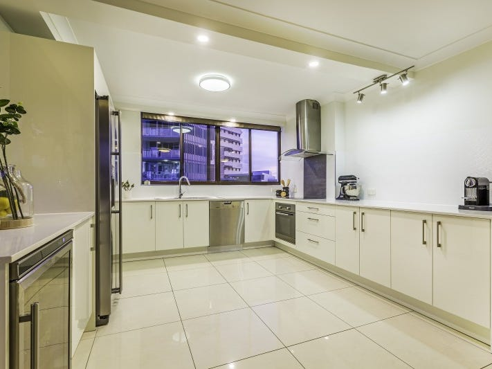 13/83 O'Connell Street, Kangaroo Point, Qld 4169