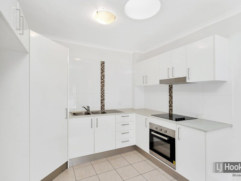 5/93 Queen Street, Southport, Qld 4215