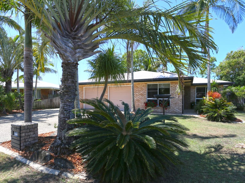13 Leister Court, Bucasia, Qld 4750