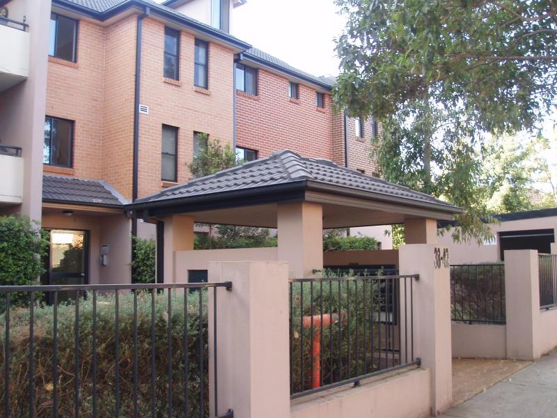2/38-44 Meredith Street, Bankstown, NSW 2200