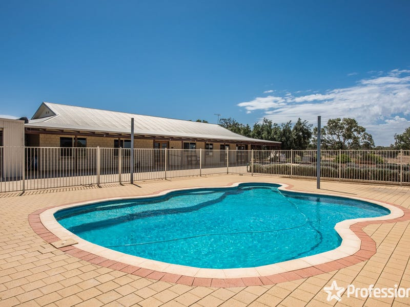 33 Webber Road, Moresby, WA 6530
