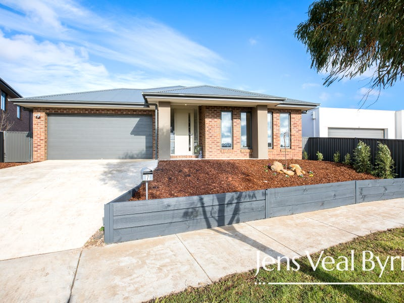 7 Daly Drive, Lucas, Vic 3350