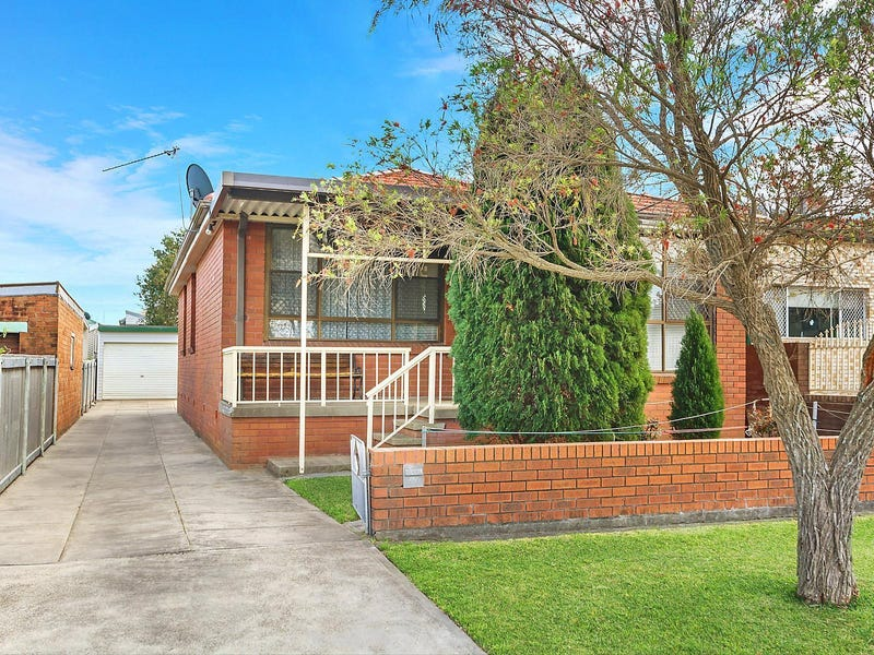12 School Street, Broadmeadow, NSW 2292