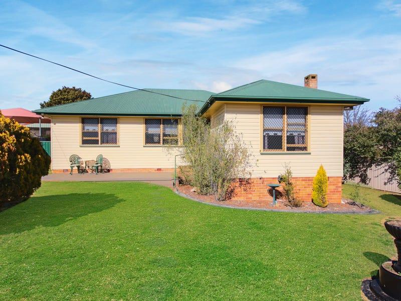 121 Naas Street, Tenterfield, NSW 2372
