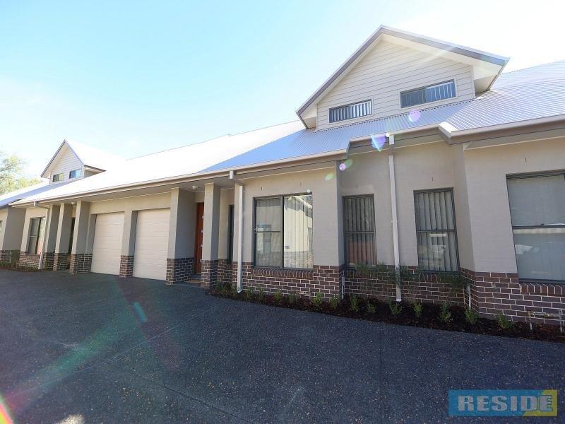 6/115 Menangle Street, Picton, NSW 2571