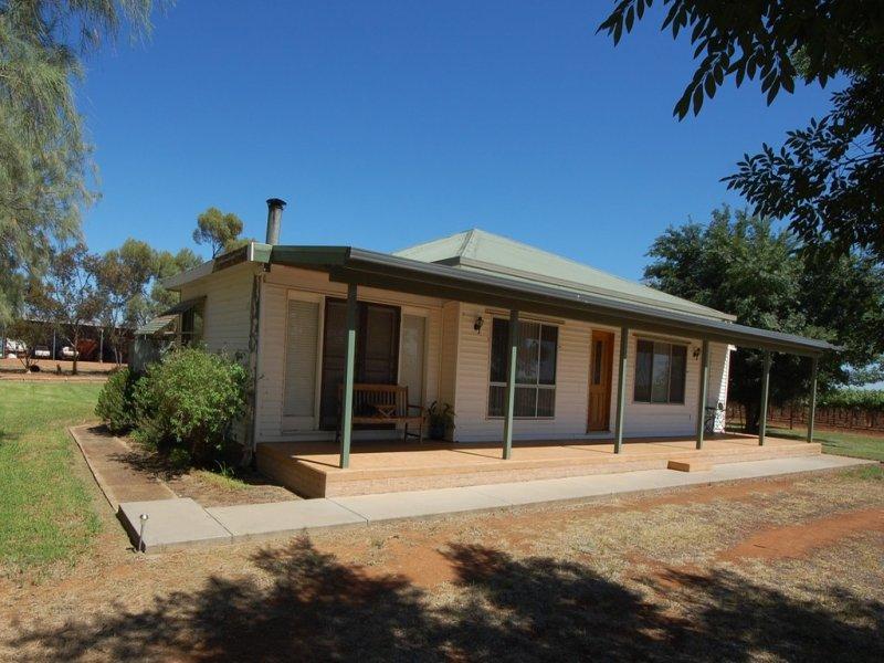 Farm 1058a Kidman Way, Hanwood, NSW 2680