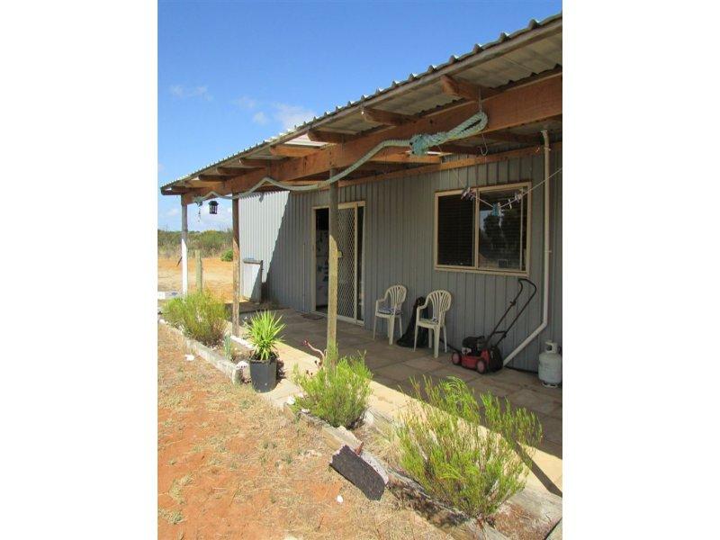L254 Banksia Road, Hopetoun, WA 6348