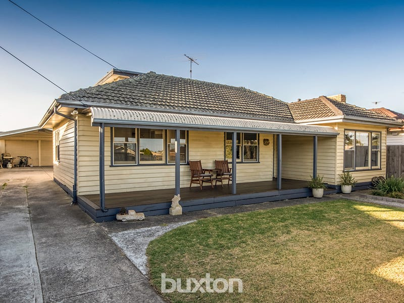 21 Hickey Street, Whittington, Vic 3219