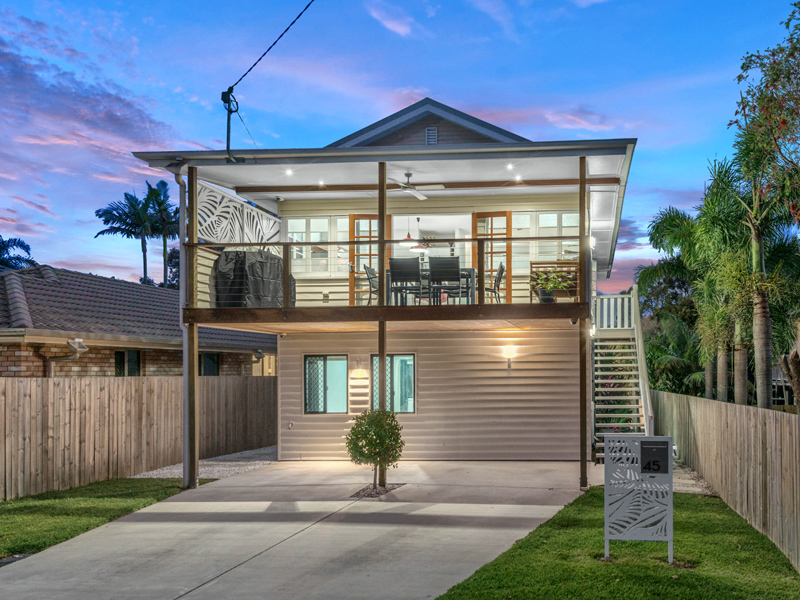 45 Armstrong Road, Cannon Hill, Qld 4170