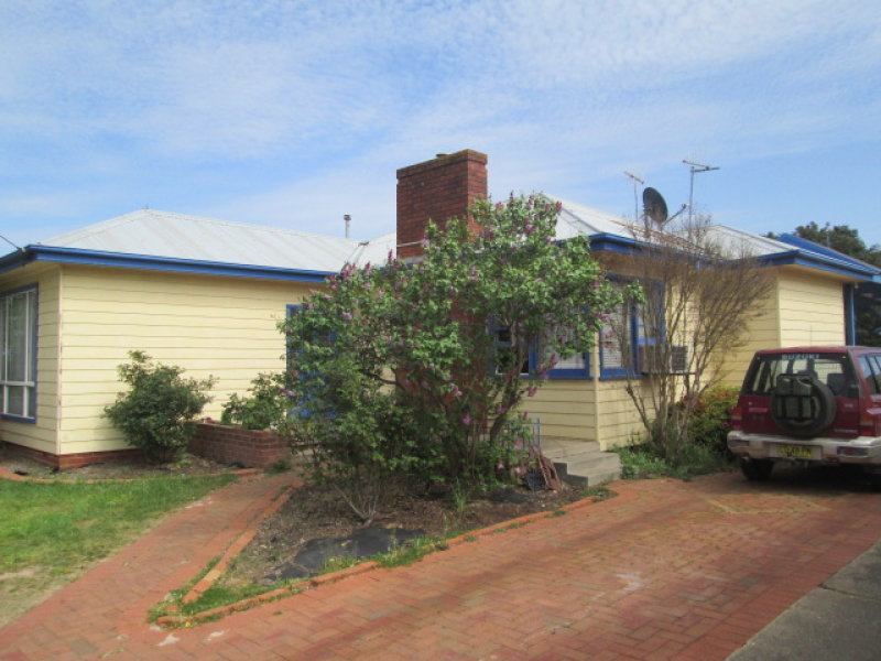 30 TARALGA ROAD, Goulburn, NSW 2580