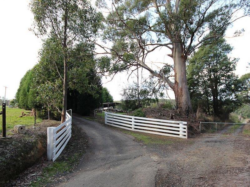 65 Staubi Road, Lilydale, Tas 7268
