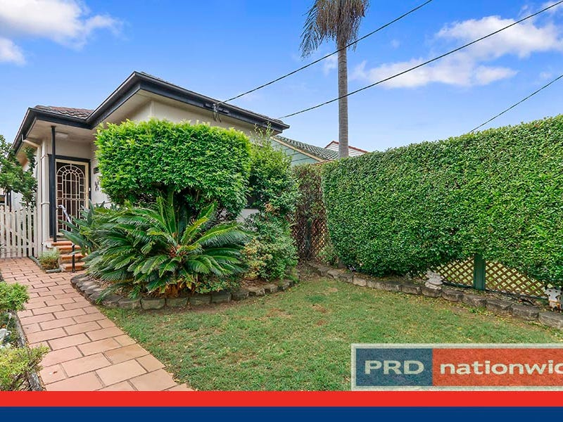 28 Balmoral Road, Mortdale, NSW 2223