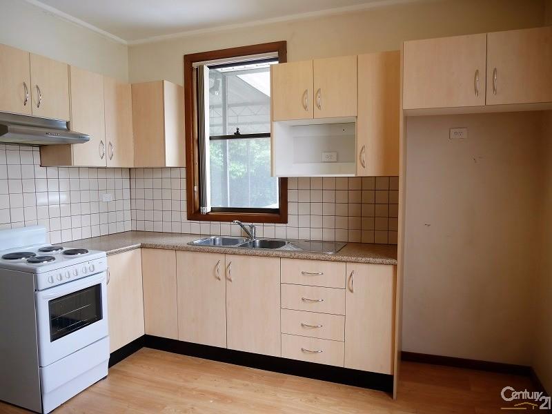 10 Heinze Avenue, Mount Pritchard, NSW 2170