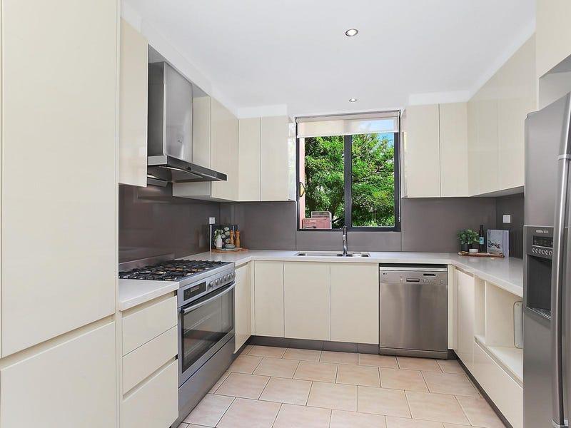 22B Lindeman Crescent, Green Valley, NSW 2168