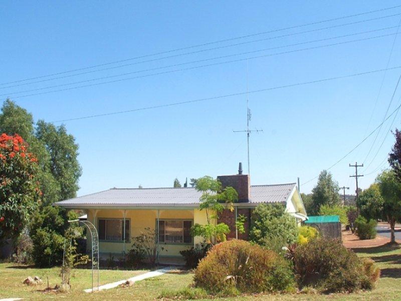 16 Hillman Street, Darkan, WA 6392