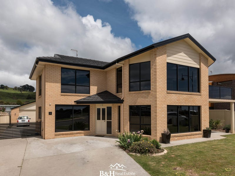 22 Oceanside Boulevard, Sulphur Creek, Tas 7316