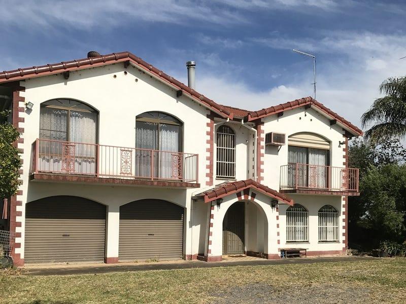 25 Aldington Rd, Kemps Creek, NSW 2178