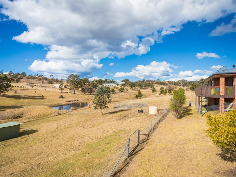 74 Max Slater Drive, Bega, NSW 2550