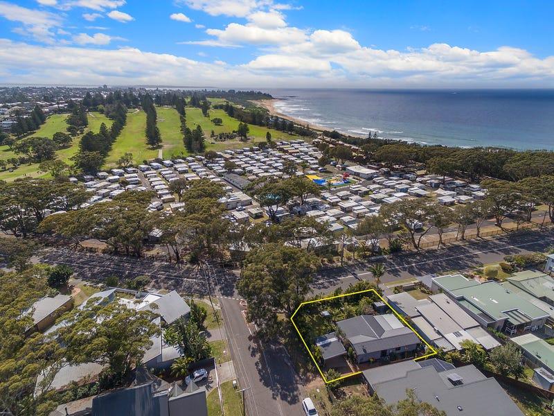 21 Bateau Bay Road, Bateau Bay, NSW 2261