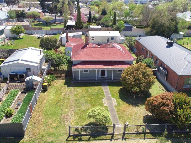 93 Moore Street, Ararat, Vic 3377 - Property Details