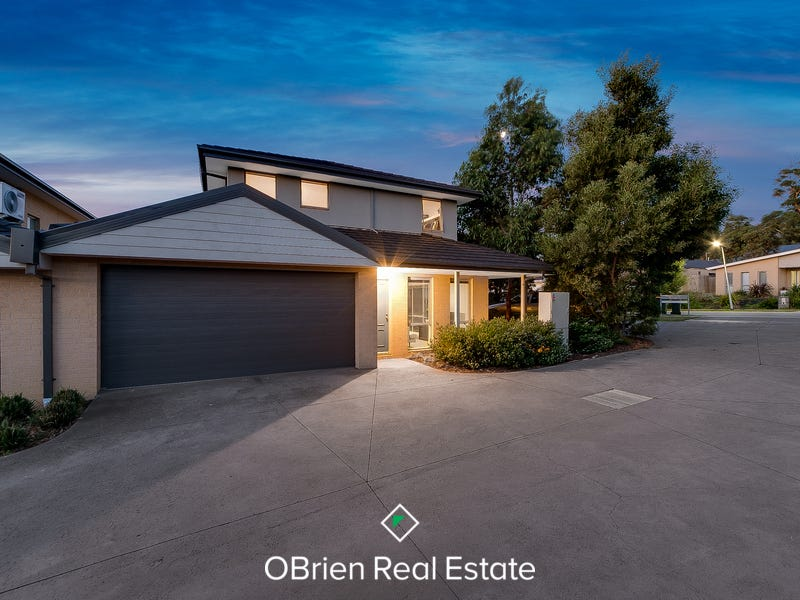 2/3 Warrenwood Place, Langwarrin, Vic 3910
