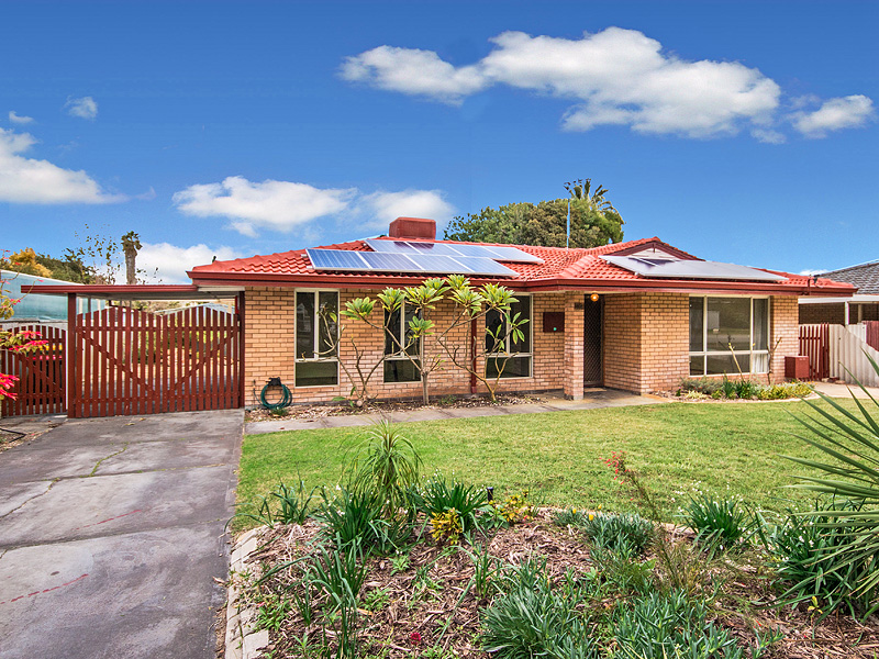 14 Seabrooke Avenue, Rockingham, WA 6168