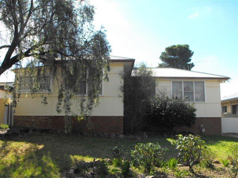 2 Kookaburra Street, Parkes, NSW 2870
