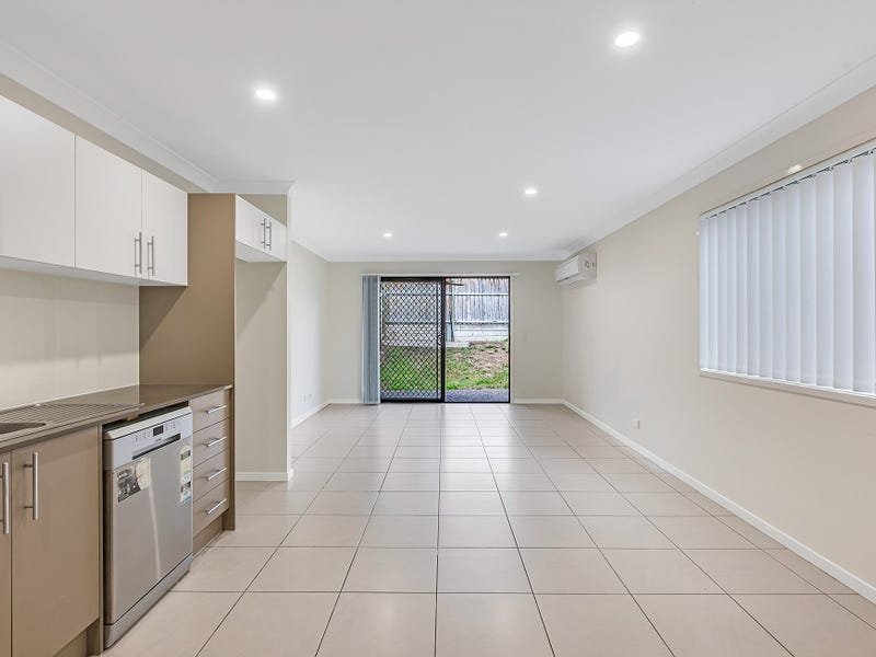 2/14 Surprize Avenue, Brassall, Qld 4305
