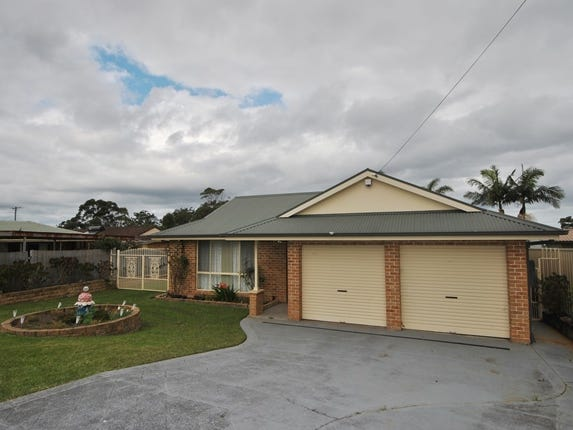 11 Shelly Grove, Sussex Inlet, NSW 2540