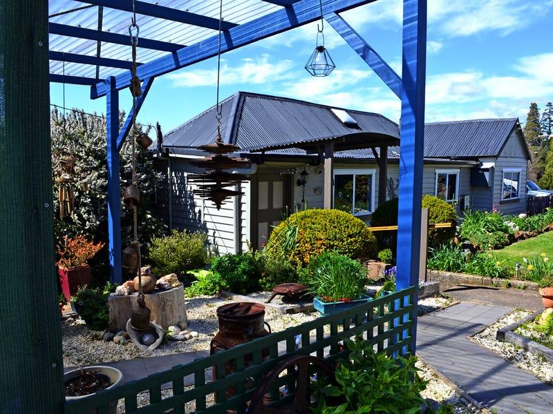 13 West Barrack St, Deloraine, Tas 7304
