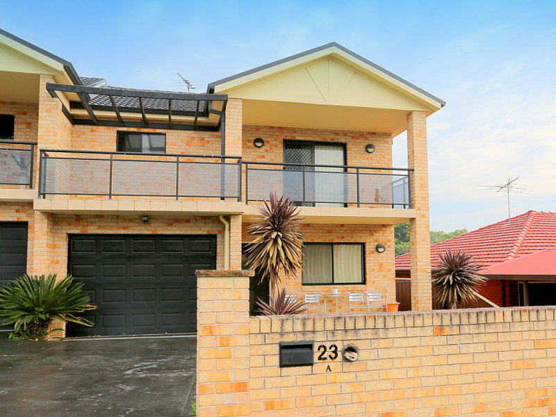 23A Kurrajong Avenue, Georges Hall, NSW 2198