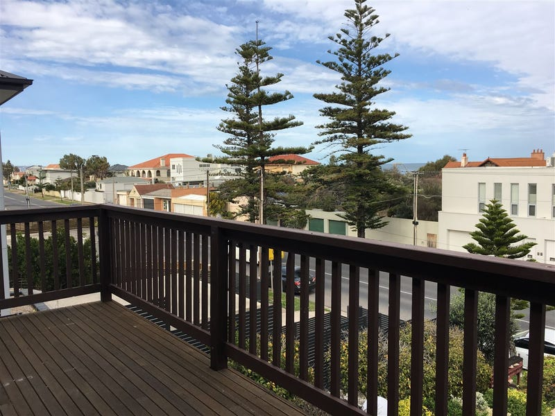 2/144 Seaview Road, Henley Beach South, SA 5022