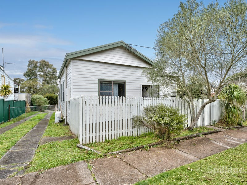 8 Gregson Avenue, Mayfield West, NSW 2304