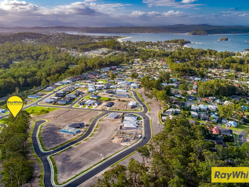 35 Freycinet Drive, Sunshine Bay, NSW 2536