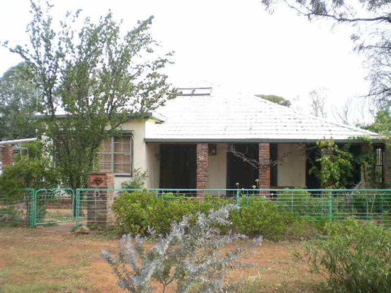 52 Lachlan Street, Bogan Gate, NSW 2876