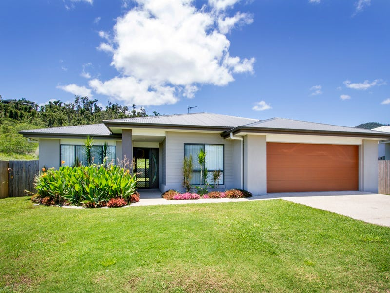 55 South Molle Boulevard, Cannonvale, Qld 4802