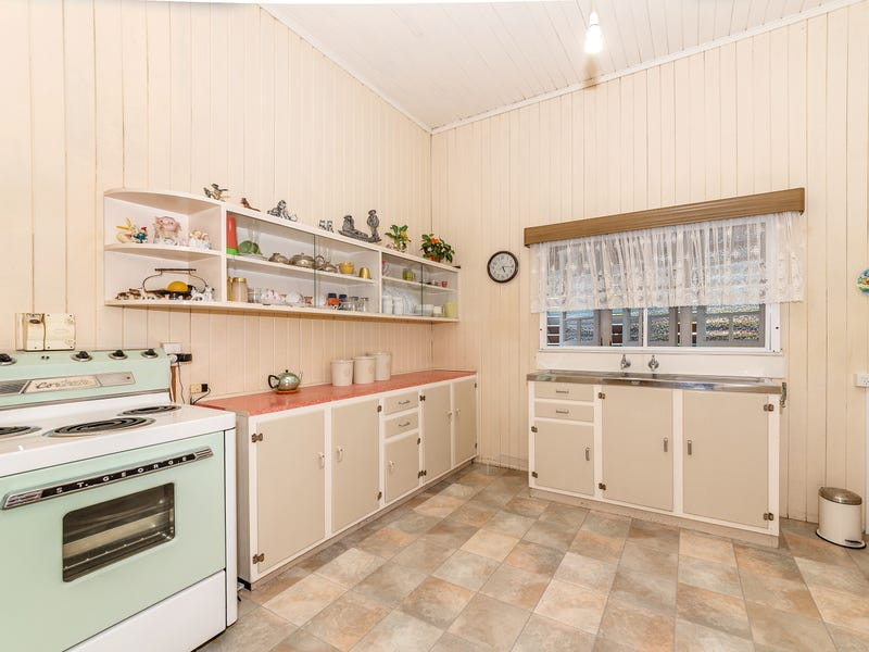 152 Francis Street, West End, Qld 4810