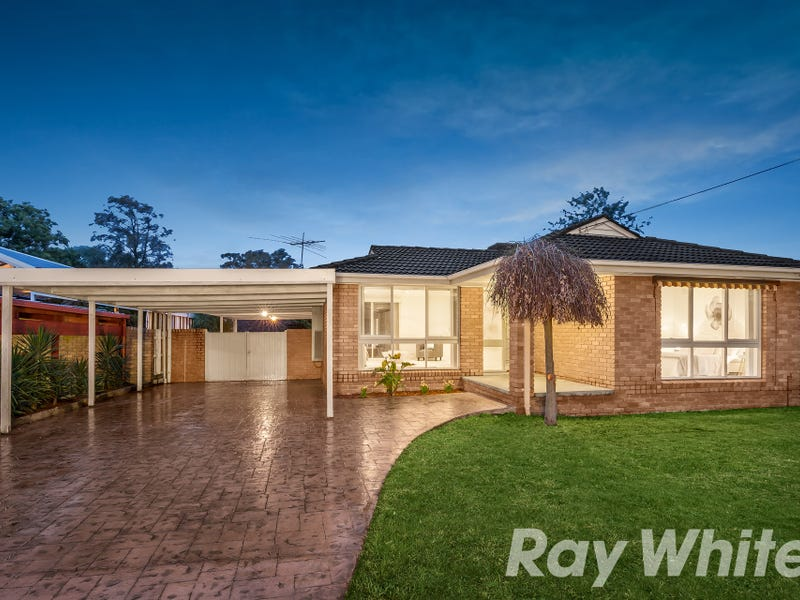 24 Greenaway Drive, Ferntree Gully, Vic 3156