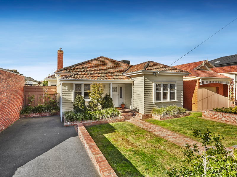 32 Roberts Street, Essendon, Vic 3040