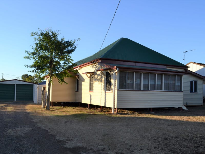 67 Hadley Street, Pittsworth, Qld 4356