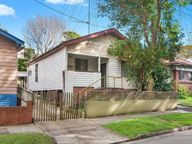 7 Kings Road, Tighes Hill, NSW 2297