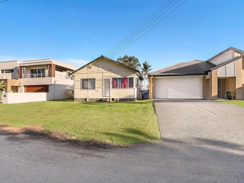 14 New Road, Warners Bay, NSW 2282