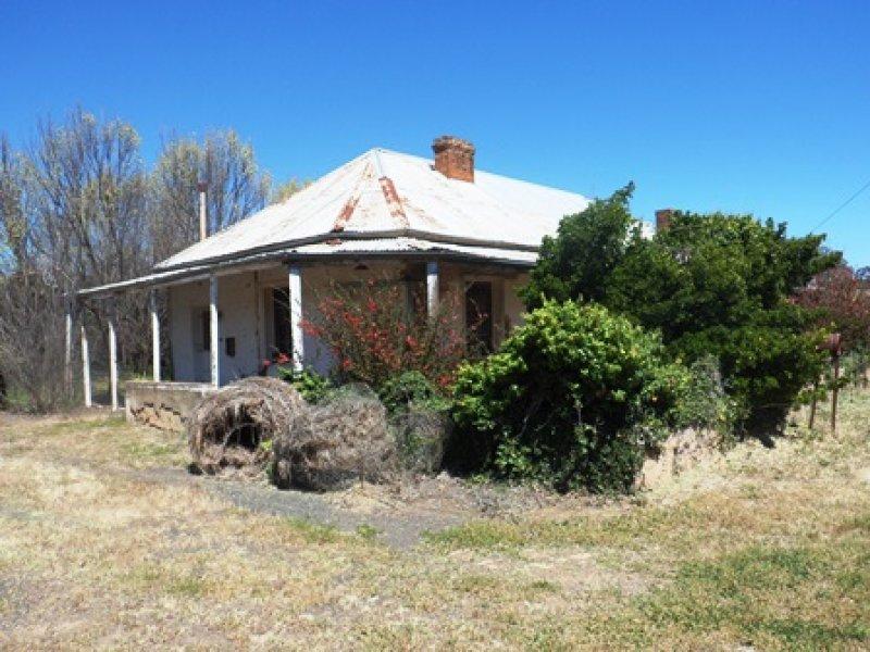 1 Barrack St, Toogong, NSW 2864