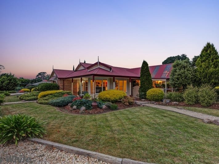 3 Gordon Crescent, Romsey, Vic 3434